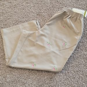 Alfred Dunner Strawberry Embroidery Capri Pants